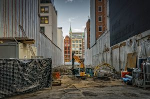 Warto docenić tymczasowe ogrodzenia budowlane